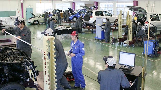 車体工学研究センター